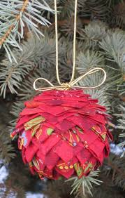 Remember Those Pine Cone Ornaments Constructed Of Layers And Little Folded Fabric Triangles Inspired By My Latest Prairie Point Project