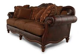 mathis brothers sofa and loveseats traditional 91 rolled arm sofa in brown mathis brothers furniture