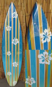 Decorative Surfboard With Shark Bite by Best 25 Surfer Decor Ideas On Pinterest Beach Room Beach Room