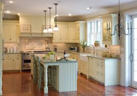02 Traditional Antique White Kitchen