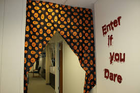 Halloween Cubicle Decorating Themes by Fair 20 Office Halloween Decor Design Ideas Of Best 25 Halloween