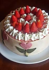 erdbeer mousse torte mit marzipan