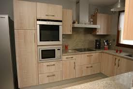 modele de cuisine en l cuisine moderne en bois frais modele de cuisine en bois modele de