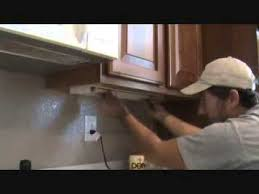 how to remove an counter light