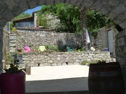 chambre d hote sud ardeche les dolmens chambres et table d hôtes en sud ardèche à beaulieu