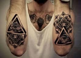 20 Pyramid Tattoos