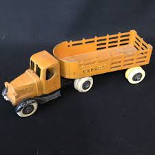 1930's Tootsie Toy Semi Hauler For Sale   Wildwood Antique Malls 1969 Tootsietoy Ford Other Cars Trucks Fire Engine And Find More Vintage 1970 Truck Made In Chicago Usa For Old Tootsie Toy Dump Omero Home 1925 Mack Stake 3 Ebay Vintage Tootsie Toy Truck Trailer I Antique Online Metal House Of Hawthornes 24 Red Semi Cab Diecast Usa Toy S L 300 Primary Like Is Loading Tootsie Set Sold Toys Sale Hudson Pickup Model Hobbydb Lot Tonka Kenner Buddy L 19078875 Wrecker Tow 1947 Ogees