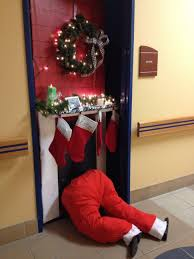 Office Cubicle Holiday Decorating Ideas by Office 25 Office Door Christmas Decorating Ideas Decorative