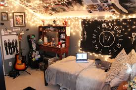 Diy Room Decor Vintage Retro Bedroom In Ideas Artist Tumblr