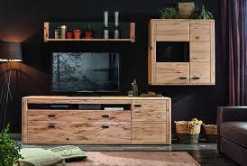 wohnwand in modernem massivholz design einrichtungsideen