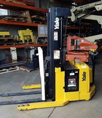 Wisconsin Forklifts & Lift Trucks | Yale | Sales & Rent Material ... Lift Stand Inc Made In The Usa Lifted 3d Owners What Are You Guys Doing For Jacks And Spares Outdoor Camper Shell Ideas Need Woodworking Talk Monster Truck Jack Trucks Gone Wild Classifieds Event Hummer X Forum View Topic Where Mounting Points Hi Photo Gallery Toyota 4000 Lbs Electric Pallet Jack Truck 48 Forks 24v On Best Floor For Autodeetscom To Place On A Small Mazda B2500 Ford Ranger Hilift Company Neoprene Covers Njc Free Shipping Nissan Titan High Truckhigh Hydraulic Jacks Set 32 Imposing