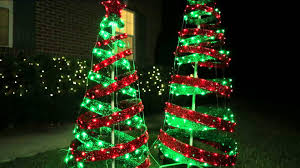Spiral Lighted Christmas Tree Green Lights by 18 Christmas Trees For Porch Pallet Christmas Tree Pallet