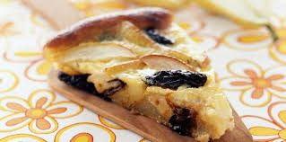 dessert aux pruneaux facile clafoutis pomme poire et pruneaux facile et pas cher recette