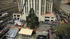 Rockefeller Plaza Christmas Tree by Rockefeller Center Christmas Tree Lighting Street Closures