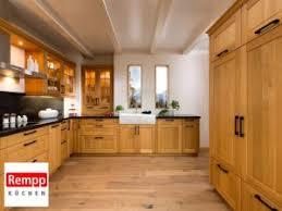 küche im landhausstil hersteller preise angebote
