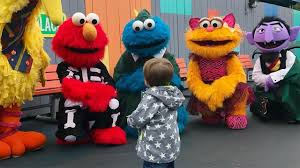 Sesame Place Halloween Parade by Carrie Underwood Son Visit Sesame Place In Bucks County 6abc Com