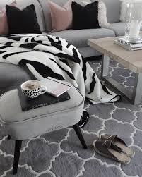 zebra decke wohnzimmer interior kuscheldecke decke