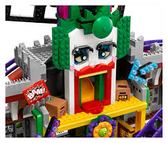 100 Lego Space Home Unveils Joker Manor Set From The Batman Movie