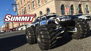 100 Summit Rc Truck NYPD TRAXXAS SUMMIT RECON RC TRUCK YouTube
