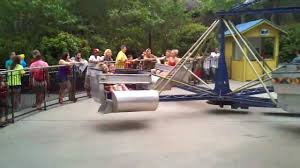 Kings Dominion Halloween Haunt Application by The Girls Riding The Scrambler At Kings Dominion Youtube