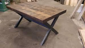 table de cuisine en bois massif table de cuisine en bois table de cuisine sur mesure de tout style
