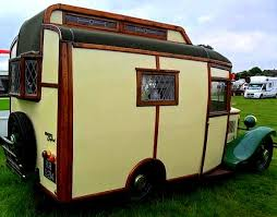 Life Wasnt Boring Way Back Then Those Who Had The Time And Money Would Indulge Themselves By Getting Away From It All In Gorgeous Old Motorhomes