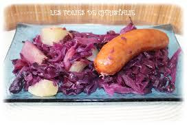 cuisiner des saucisses fum馥s chou aux saucisses fumées les folies de christalie ou