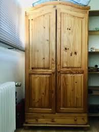 details zu schlafzimmer zweiteilig kiefer massiv holz gebraucht schrank und kommode