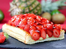 tarte aux fraises pate feuilletee tarte aux fraises fiche recette avec photos meilleurduchef