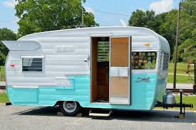 104 Restored Travel Trailers Benefits Of Owning A Trailer The News Wheel