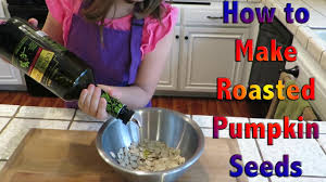 Toasting Pumpkin Seeds In Microwave by How To Roast Pumpkin Seeds Kids Can Cook Youtube