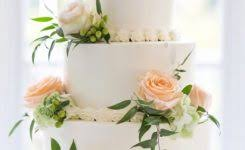 Real Flowers On Wedding Cakes
