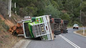 100 Truck Rollover Man Escapes Serious Injury In Log Truck Rollover Bombala Times