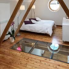 chambre dans comble comble moderne aménagement et décoration domozoom