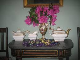 Southern Folk Artist & Antiques Dealer Collector Azalea time in