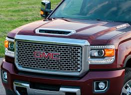 GM Reveals New Front End Design For 2017 Chevy Silverado HD, GMC ... Gmc Comparison 2018 Sierra Vs Silverado Medlin Buick 2017 Hd First Drive Its Got A Ton Of Torque But Thats Chevrolet 1500 Double Cab Ltz 2015 Chevy Vs Gmc Trucks Carviewsandreleasedatecom New If You Have Your Own Good Photos 4wd Regular Long Box Sle At Banks Compare Ram Ford F150 Near Lift Or Level Trucksuv The Right Way Readylift 2014 Pickups Recalled For Cylinderdeacvation Issue 19992006 Silveradogmc Bedsides 55 Bed 6 Bulge And Slap Hood Scoops On Heavy Duty Trucks