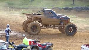 NASTY CHEVY 4X4 TRACTOR TIRE MONSTER MUD TRUCK BOGGER * JACKED UP ...