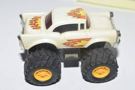 T.T TOYS CHEVY MONSTER TRUCK WHITE - LOOSE E+ [0006330] - $8.36 ... 2002 Chevrolet Silverado 2500 Monster Truck Duramax Diesel Proline 2014 Chevy Body Clear Pro343000 By Seamz2b On Deviantart Ford 550 Pulls Backwards Cars And Motorcycles 1950 Custom Amt 125 Usa1 Model 2631297834 1399 Richard Straight To The News Chevrolets 2010 Bigfoot Photo Gallery Autoblog Trucks Bodies You Want See Gta Online Gtaforums Jconcepts Shows Off New Big Squid Rc Car Truck Wikipedia 12 Volt Remote Control Style