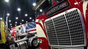Louisville Ky Truck Show Tickets - Best Truck 2018 Bangshiftcom Mats 2017 Gallery Inside The Midamerica Trucking Night Shoots In Louisville Kentucky Usa 2015 Midamerican Truck Show Youtube Parting Shots From Truck Show Mid America News Online Pky Beauty 2018 Truck Photos Day 1 Of 2014 Team Expediting
