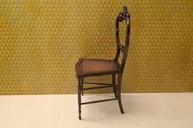louis philippe esszimmerstühle aus nussholz wiener geflecht 1940er 4er set