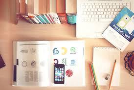 telecharger un bloc note pour le bureau image libre téléphone mobile livre ordinateur portable crayon