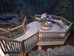 Deck Designing by Designer Decks Made From Natural Wood Composite And Aluminum Diy