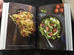 une cuisine pour tous livres de cuisine vegan deux basiques à avoir