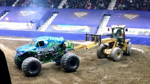 Monster Jam Blue Cross Areana Rochester NY Free Style Competition ... Rochester Ny 2016 Blue Cross Arena Monster Jam Ncaa Football Headline Tuesday Tickets On Sale Home Team Scream Racing Truck Limo Top Car Release 2019 20 At Democrat And Chronicle Events Truck Tour Comes To Los Angeles This Winter Spring Axs Seatgeek Crushes Arena News The Dansville Online Calendar Of Special Event Choice City Newspaper Tips For Attending With Kids Baby Life My Experience At Monster Jam Macaroni Kid