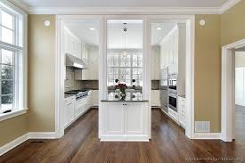 White Traditional Kitchen Design Ideas by Pictures Of Kitchens Traditional White Kitchen Cabinets Page 5