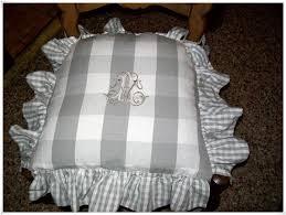 galette de chaise 43x43 galette de chaise volantée idées de décoration à la maison