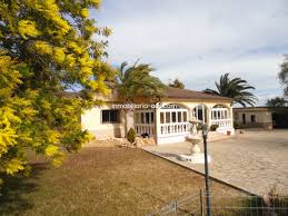 100 Villa In For Sale In Monserrat Residencial With Swimming Pool