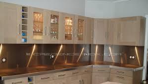 cuisine inox sur mesure plan de travail et crédence décoration cuisine