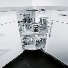 rangement d angle cuisine cuisine aménagée l aménagement d intérieur et rangements pour