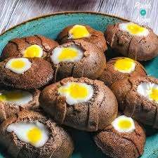 Low Syn Chocolate Creme Egg Cakes